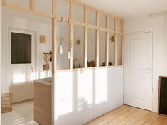 Cozy Room Divider for Small Apartments 20 Small Apartments, Small Spaces, Cottage Kitchens, Boutique Interior, Cozy Room, Open Plan Kitchen, Kitchen White, Scandinavian Interior, Scandinavian Kitchen