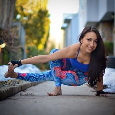 """""""#MadMarchYoga challenge Day 14 is mating dragonfly/grasshopper! I chose baby grasshopper for tomorrow! This variation is a little kinder on the hips! Make…"""""""