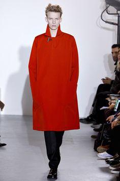 Raf Simons Fall 2011 Menswear Collection Slideshow on Style.com