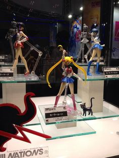 First colour look at Sailor Mars Figuarts! http://www.moonkitty.net/buy-bandai-tamashii-nations-sailor-moon-sh-figuruarts-figures-models.php #SailorMoon
