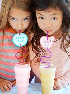 Little Sippers: Adding a decorative tag to a crazy straw turns a classic kid fave into a token of affection.