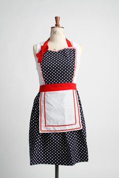 Annie Mae Retro Apron – Vintage Style Aprons By Violet Jones Retro Apron, Aprons Vintage, Retro Fashion, Vintage Fashion, Retro Style, Vintage Style, Annie, Sewing, Trending Outfits