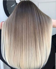 49 Most Amazing Balayage Hair Colors Highlights for 2018 - Frisyrer Brown Hair With Blonde Highlights, Brown Ombre Hair, Blonde Hair Looks, Hair Color Highlights, Ombre Hair Color, Hair Colors, Balayage Straight Hair, Balayage Hair Blonde, Balayage Hairstyle