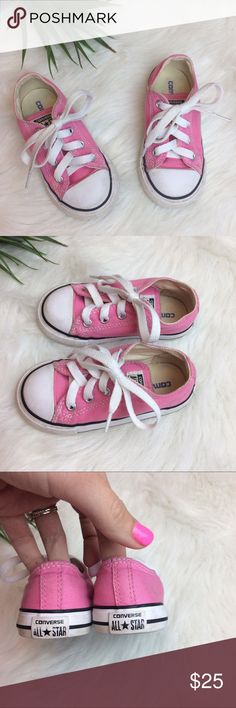 Light Pink Toddler Converse Size 7 Light Pink all star Converse Size toddler 7. Converse Shoes