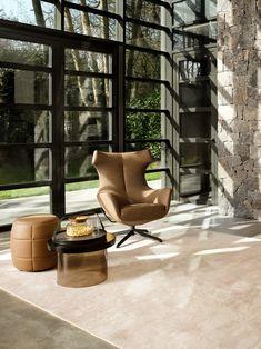 Combo Design is officieel dealer van Design on Stock ✓ Gratis offerte aanvragen Nosto fauteuil en poef ✓ Altijd de scherpste prijs ✓ Snelle levering Patio, Outdoor Decor, Design, Home Decor, Lounge Chairs, Seeds, Decoration Home, Room Decor