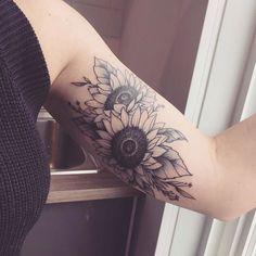Stunning Tattoo For Women (47) #TattoosforWomen