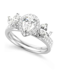 Pear engagement ring | Juturna1 by Laurence Bruyninckx | http://trib.al/bctO3xw