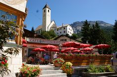 Cafe Restaurant, Post, Mansions, House Styles, Patio, Environment, Manor Houses, Villas, Mansion