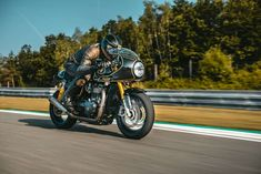 A Guide For Choosing The Most Suitable Motorcycle Tyres - twowheelsclub.com Bike Magazine, Motorcycle Tires, We The Best, Motorbikes, Naked, Club, Classic, Derby