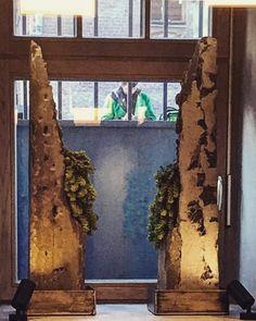 Горшочки на подоконники. Пустили портландцемент и кузнечный шлак на кашпо и нержавейку на поддоны. #мосс #mosshotel #masterskaya_trud #мастерская_труд #кашпо #хмель #concreet #бетон #художественный_бетон #экобрутализм #ecobrutalizm