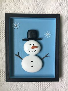 Unique Christmas Wall Art Decor Ideas To Try Winter Crafts For Kids, Spring Crafts, Holiday Crafts, Holiday Decor, Christmas Pebble Art, Christmas Rock, Beach Christmas, Prim Christmas, Xmas