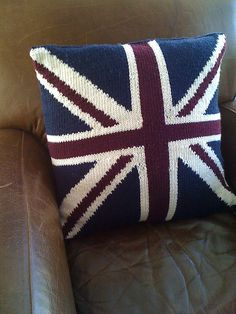 Ravelry: Union Jack Cushions pattern by Debbie Bliss