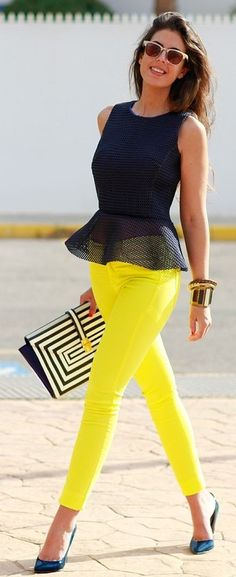 * Black Peplum Top + Yellow Pants or jeans + black & white sandals or stripe pumps Casual Outfits, Cute Outfits, Fashion Outfits, Womens Fashion, Fashion Clothes, Yellow Pants Outfit, Yellow Outfits, Yellow Jeans, Mode Ab 50