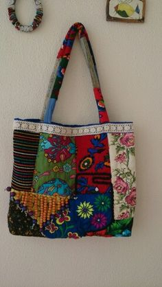 Etnik çanta Bag Pattern Free, Patchwork Bags, Denim Bag, Fabric Bags, Cute Bags, Handmade Bags, Fashion Bags, Purses And Bags, Diaper Bag