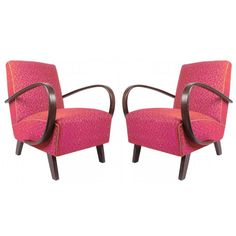 Pair of Art Deco Armchairs, circa 1930 by Jindrich Halabala for UP Zavody Brno.Chairs are still unrestored and will be restored according to customer requirements. Black Dining Room Chairs, Shabby Chic Table And Chairs, Modern Dining Chairs, Pink Chairs, Plastic Adirondack Chairs, Eames Chairs, Modern Armchair, Deco Furniture, Room Colors