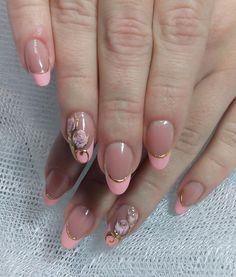 Фотография Gold Nail Designs, Flower Nail Designs, Cute Nail Art Designs, French Nail Designs, Flower Nail Art, Nail Polish Designs, Nail Manicure, Gel Nails, Nail Saloon