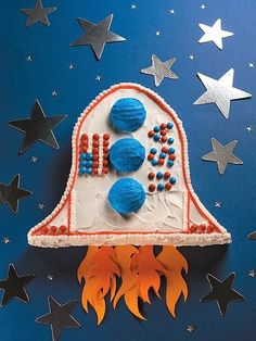 Birthday Cake Ideas for Kids: Rocket Cake Easy Kids Birthday Cakes, Boy Birthday, Birthday Parties, Kid Parties, Birthday Ideas, Rocket Ship Cakes, Rocket Cake, Rocket Ships, Space Party