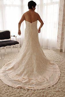 Vendo vestido de noiva tomara que caia importado dos EUA - R$ 2.500,00 - http://www.vestidosonline.com.br/vestido-5424/vestido-de-noiva-off-white