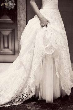 This lace is perfection.