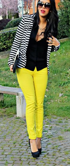 Neon yellow skinnies + striped blazer + black heels | Street style