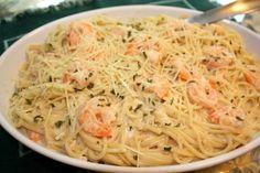 Busy Mom Recipes: EASY Shrimp Alfredo  -- Frozen shrimp, finished in 15min! Super Fast