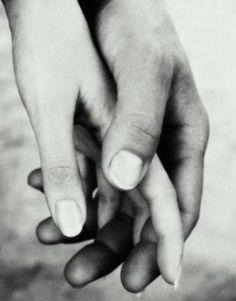 I will never get tired of black and white photos of hands.