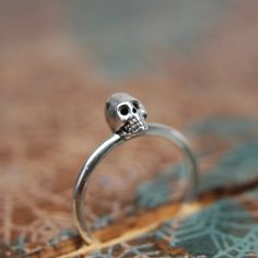 Dainty little skull stacking ring. Sterling by MissNovemberStudio €32