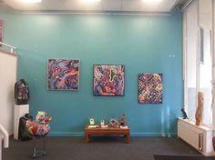Zippora Meijer komt binnen vliegen - B.E.K. Gallery