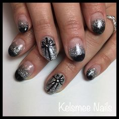 Black nails with silver glitters and nailart new years nail designs, fancy nails designs, Fancy Nails Designs, New Years Nail Designs, Black Nail Designs, Pretty Nail Designs, New Year's Nails, Fun Nails, Pretty Nails, Black Nails, White Nails