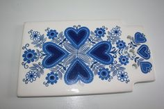 Items similar to Sirpa pattern set including a trivet and salt box, by Arabia Finland- by one or both on Etsy Salt Box, China Patterns, Scandinavian Design, Textile Design, Finland, Blue And White, Pottery, Make It Yourself, Retro