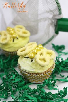 Easy Butterfly Cupcakes | Kim Byers, TheCelebrationShoppe.com