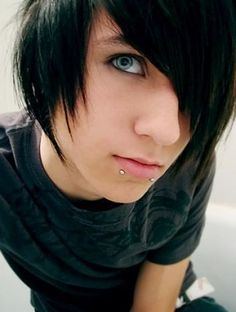 pics of cute emo boys | Cute emo guys pictures 2