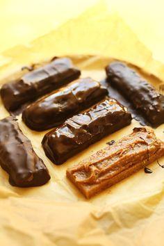 FANTASTISCHE Vegan Milchstraßen in 6 Zutaten!  Kein backen, einfach so lecker!  #vegan #glutenfree #milkyway #chocolate #Recipe #dessert