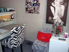 College dorm idea! #red #marilynmonroe
