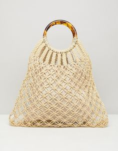 Find the best selection of ASOS DESIGN tort handle macrame shopper bag. Shop today with free delivery and returns (Ts&Cs apply) with ASOS! Macrame Purse, Macrame Knots, Asos, Diy Sac, Macrame Design, Mode Online, Summer Bags, Shopper Bag, Cute Bags