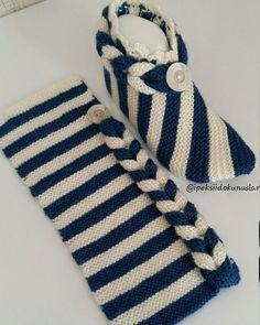 How to Make Christmas Slippers - Design Peak - Her Crochet Crochet Socks, Crochet Clothes, Crochet Baby, Knit Crochet, Crochet Gifts, Easy Knitting, Knitting Stitches, Knitting Socks, Knitted Booties