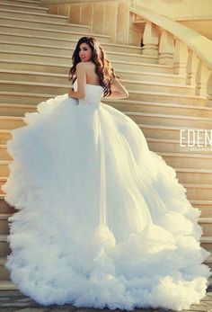 Fabulous wedding gown!   facebook.com/mysweetengagement #coupon code nicesup123 gets 25% off at  www.Provestra.com and www.Skinception.com