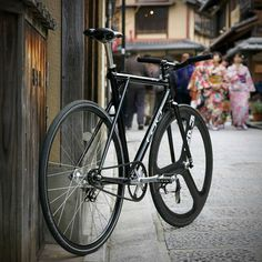 Hizoku Cycles - #Repost from cyclist/photographer @adangerpdx  - ...