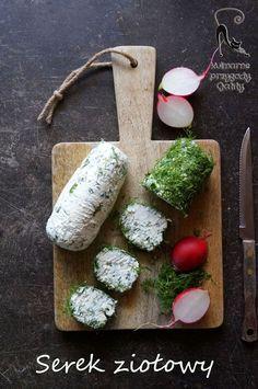 Kulinarne przygody Gatity: Domowy serek ziołowy