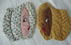 1930's Pair of Vintage Figural Linen Pot Holders