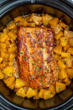 Slow Cooker Pineapple Pork is delicious and tender, all you need is just 5 ingredients. A great family dinner with a tasty tropical twist. recipes Slow Cooker Pineapple Pork Loin [video] - Sweet and Savory Meals Crock Pot Recipes, Crockpot Dishes, Pork Dishes, Slow Cooker Recipes, Cooking Recipes, Crockpot Pork Recipes, Crock Pots, Side Dishes, Slow Cooker Pork Loin