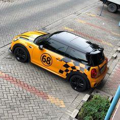 Likes, 8 Kommentare - Mini C . Yellow Mini Cooper, Mini Cooper S, Mini Moris, Dodge, Mini Cooper Models, Bike Humor, Cooper Car, Big Boyz, Mini Countryman