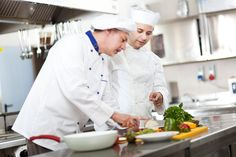 Cooking tests for executive chefs - I am interviewing executive chefs and want to include a cooking test component. Are there any formats you recommend? Makassar, Executive Chef, This Or That Questions, Cooking, Chefs, Guy, Advice, Kitchen, Kochen