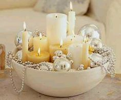 Are you preparing your house for this White Christmas? Well here is a collection of top white Christmas decorations, that will help you to decorate [. Noel Christmas, Winter Christmas, All Things Christmas, Christmas Candles, Christmas Centerpieces, Simple Christmas, Christmas Bowl, Christmas Coffee, Elegant Christmas