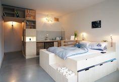 30 metri quadrati di camera nel cuore di Berlino, nel vivace quartiere di Neukölln. La sfida dello studio Spamroom: creare uno spazio su misura, confortevole e super funzionale. Con una preferenza per i materiali di recupero