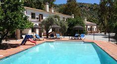 SPANJE - bij Malaga - appartementen voor 4-8 personen. 22/4 - 29/4 nog beschikbaarheid (30/4-7/5 VOL). Je boekt 'm op http://www.mrsnomad.nl/accommodaties/10-appartementen-malaga-spanje/