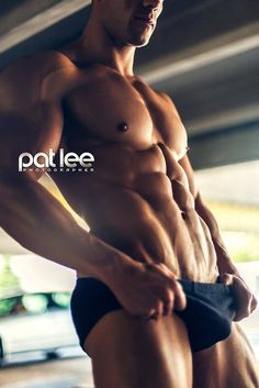 Eric Turner © PAT LEE patlee.net # pecs six pack abs bare chest hunk hot guy nice arms musculoso shirtless eye candy adonis torso