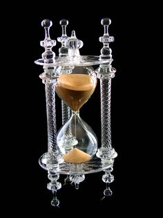 Matthew thinks about getting a Crystal Hourglass for Elizabeth I, and wisely decides against it....