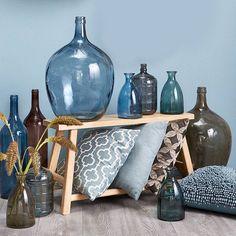 """Kom in winterse sferen met mooie blauwe deco! #interieur #kwantum_nederland #vaas #decoratie #kwantum"""