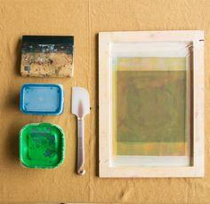 自分でデザインして印刷できる!やまさき薫さんに教わる「紙版シルクスクリーン」 - LOCARI(ロカリ)